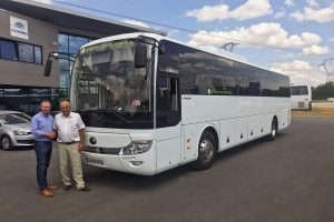 Yutong TCe12 Coach